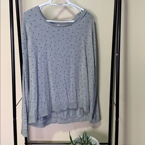 Sweaters - Grey sweater with blue dots high low SZ XL.